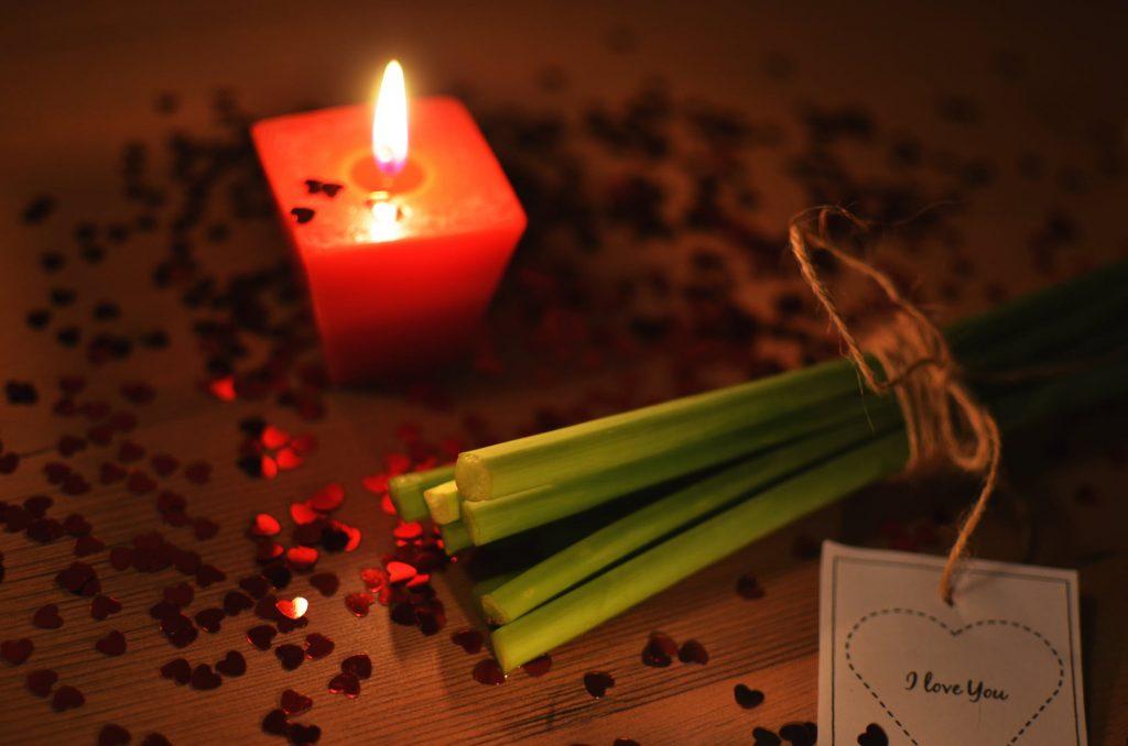 love-romantic-gift-present